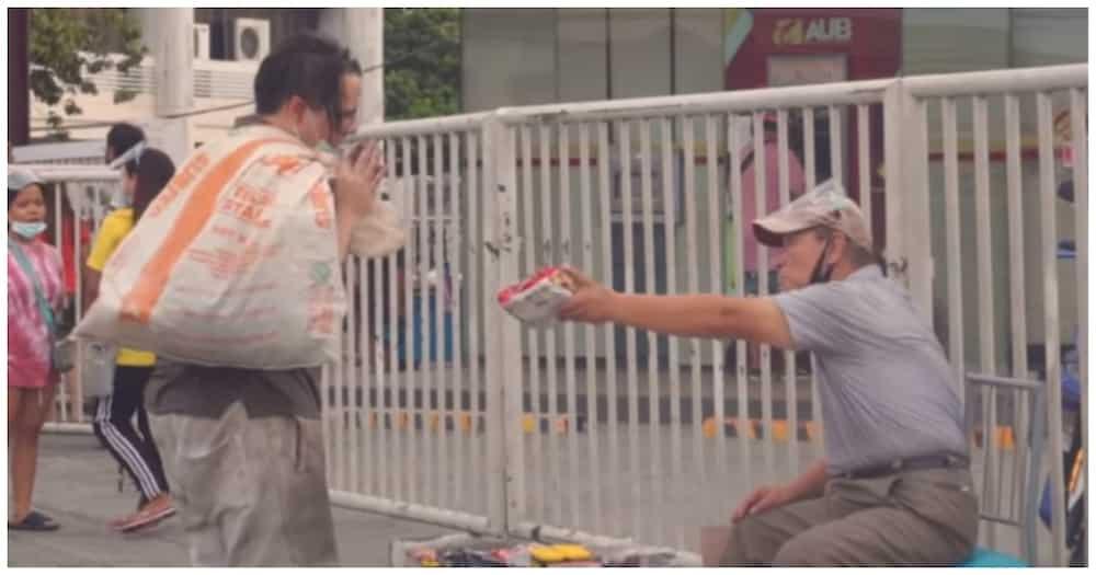 Korean vendor, pinagmalasakitan ang vlogger na nagpanggap na pulubi