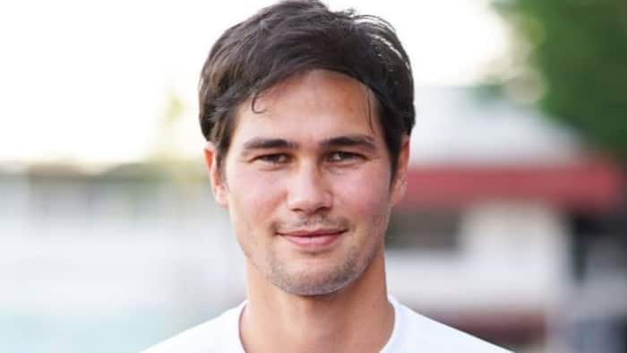 Phil Younghusband bids goodbye to football as he retires at the age of 32