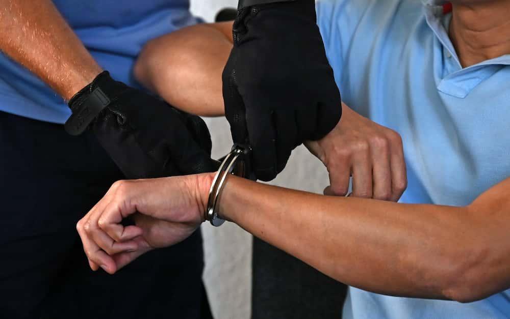 Lalaking nahuli na nagnakaw ng diaper at gatas, arestado