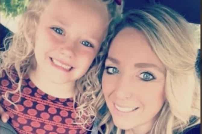 Airline staff, kinutya ang 5-year-old 'Abcde' dahil sa ...