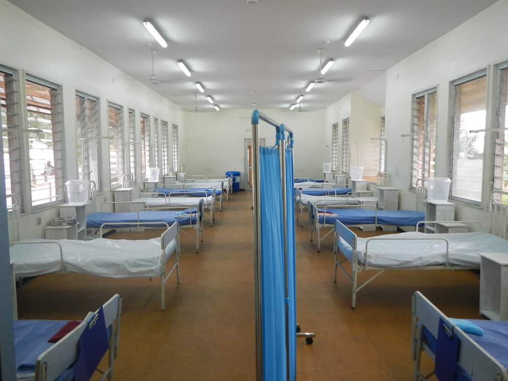 Mag-amang di nagkasama sa loob ng 25 na taon, nagkita sa quarantine facility
