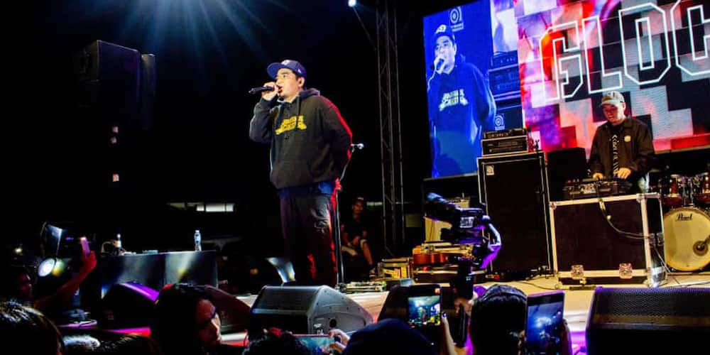 Gloc-9 gives the best response to people who ask why he's selling fried chicken online