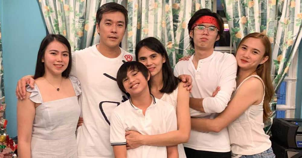 Jeric Raval has 18 children, only four with his legal wife, Holiday Buensuceso