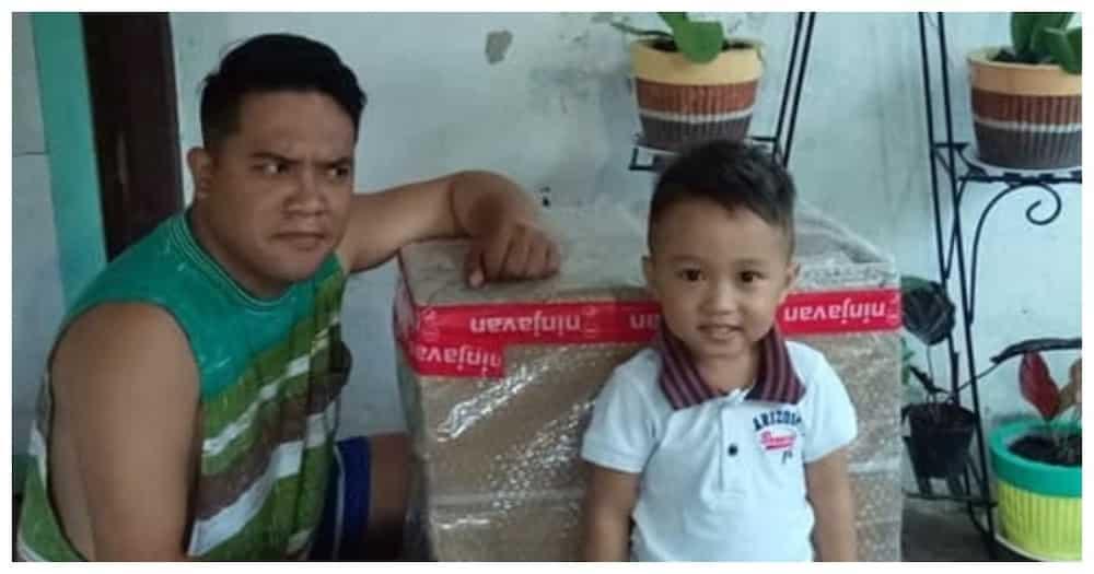 3-anyos na bata, ginulat ang pamilya nang maka-order online ng mga laruang halagang P4,000