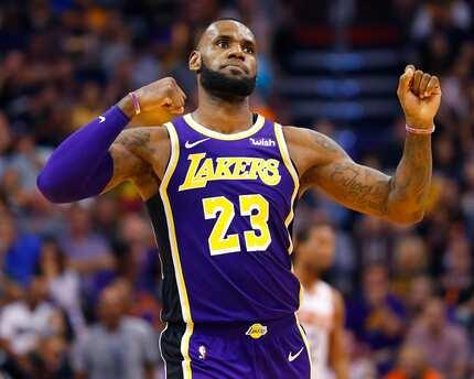 Swabe ng pass! Lebron James, nakamit na ang unang panalo sa Lakers
