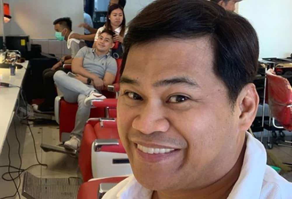 Ogie Diaz also reacts to ABS-CBN offering its transmission to government