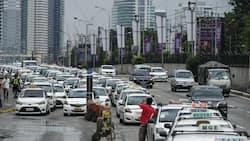 Suspek na tumakas sa pulis at nakasakay ng taxi, sa presinto hinatid ng driver