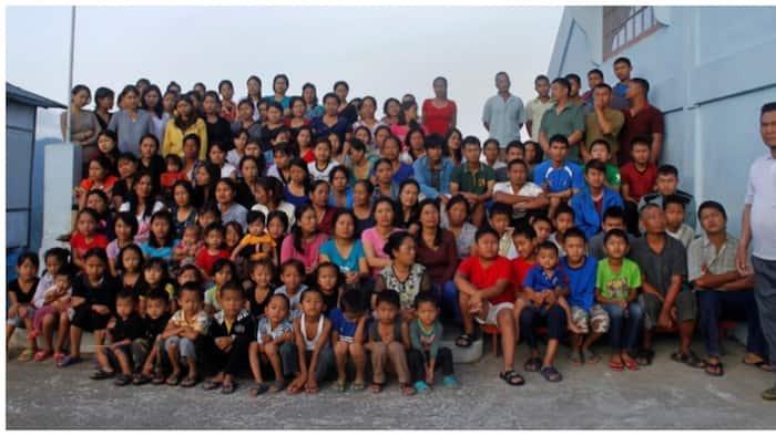 """Padre de pamilya ng tinaguriang """"world's largest family"""", pumanaw na sa edad na 76"""