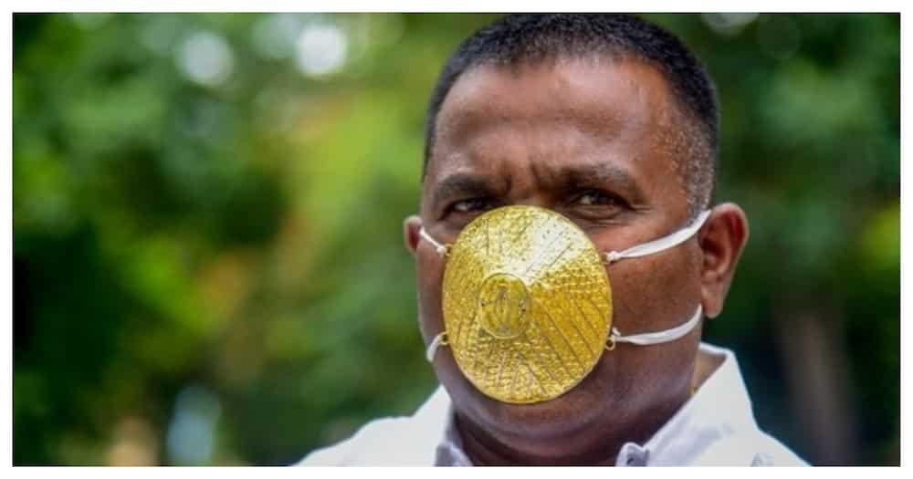 Negosyante sa India, 'gold mask' na may halagang ₱198,000 ang gamit kontra COVID-19