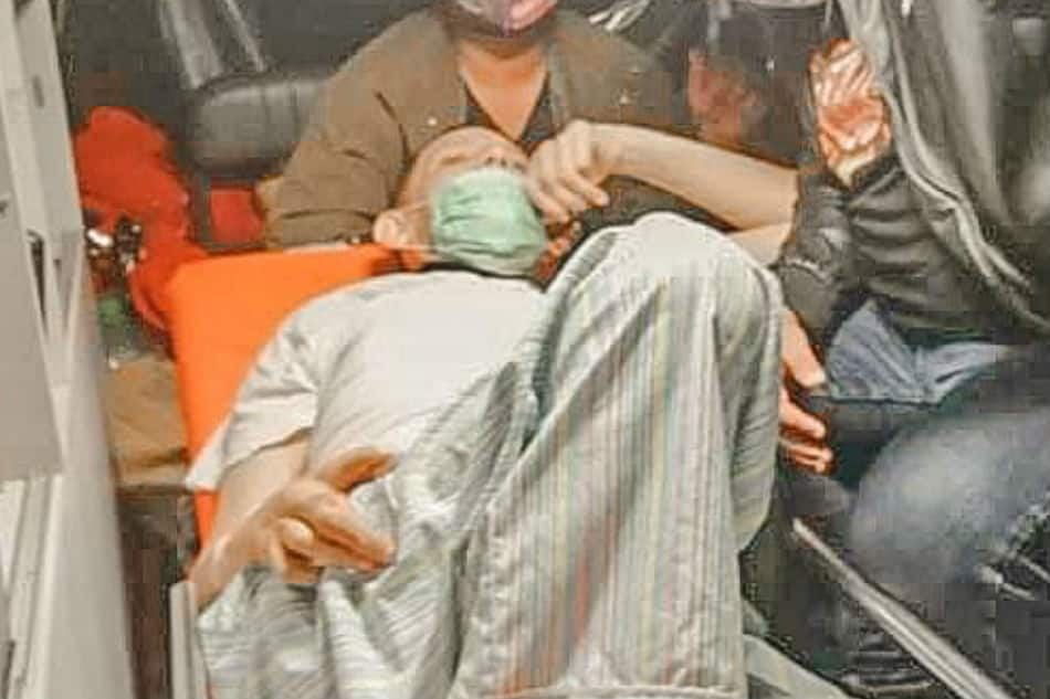 John Regala, naka-confine na sa ospital ayon sa isa sa mga tumulong sa kanya