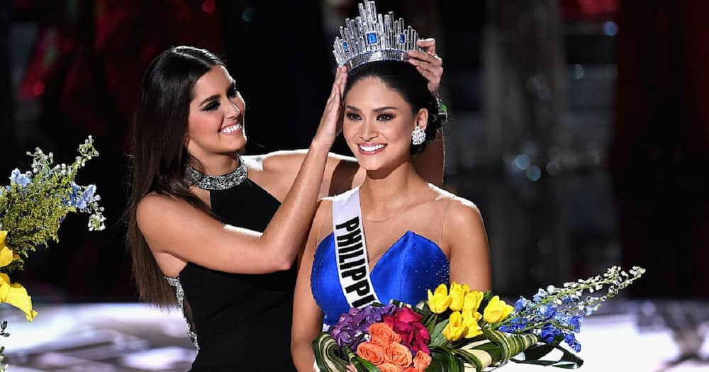 Pia Wurtzbach defends herself from netizen who compared her to Catriona Gray