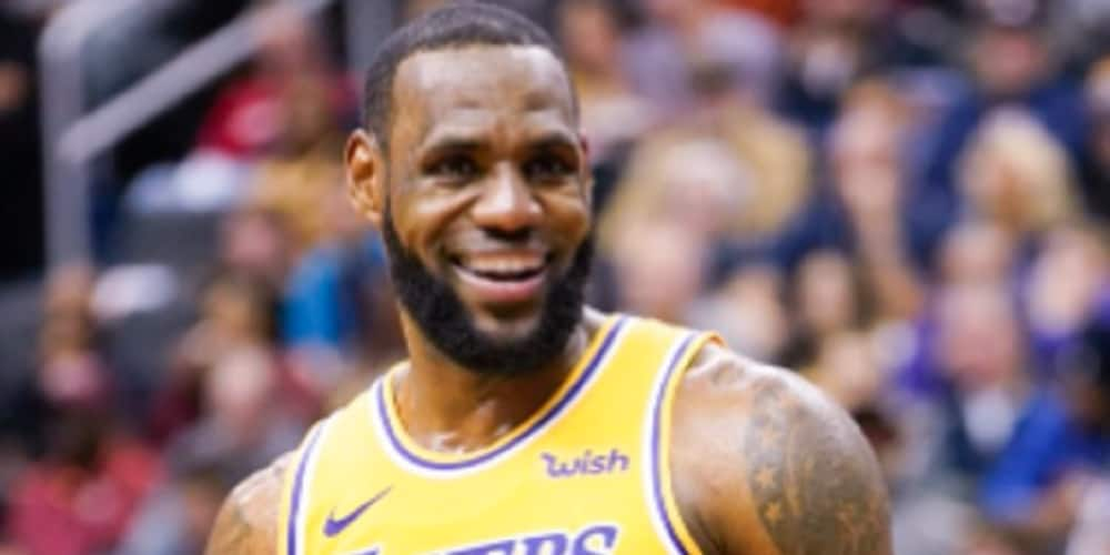 LeBron James pays tribute to Kobe Bryant after Lakers' title win