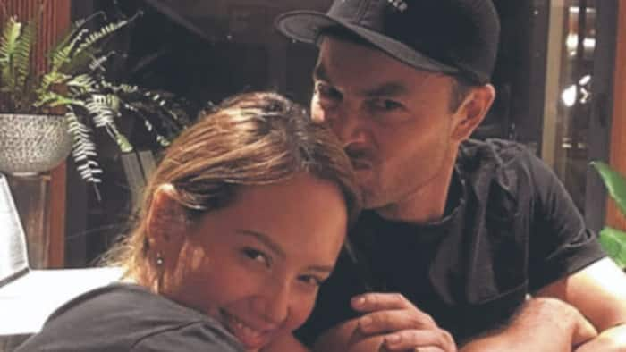 Derek Ramsay posts cryptic message, used Brad Pitt's photo to deliver his point