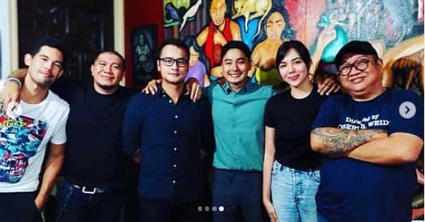 Bagong photo ni Coco Martin na walang kemeng inakbayan si Julia Montes, viral