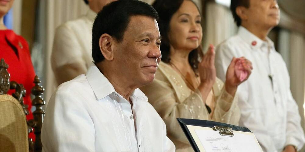 "Arnold Clavio to President Duterte: ""Wala bang pera o walang diskarte?"""