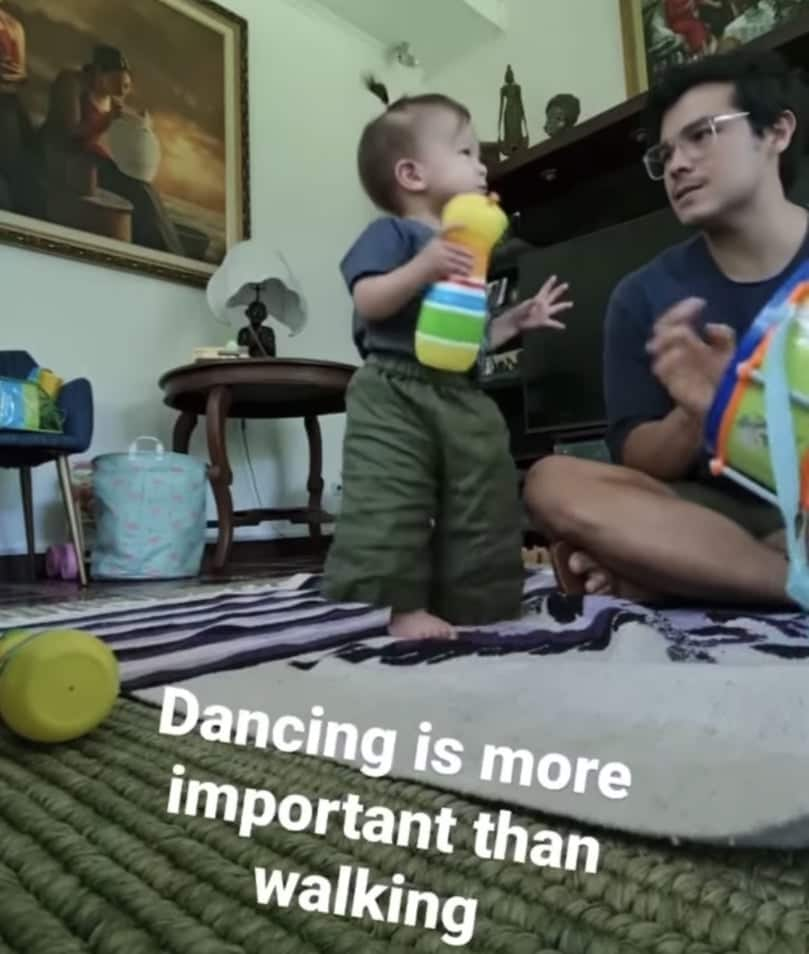 Video of baby Dahlia dancing while Erwan Heussaff plays drums goes viral