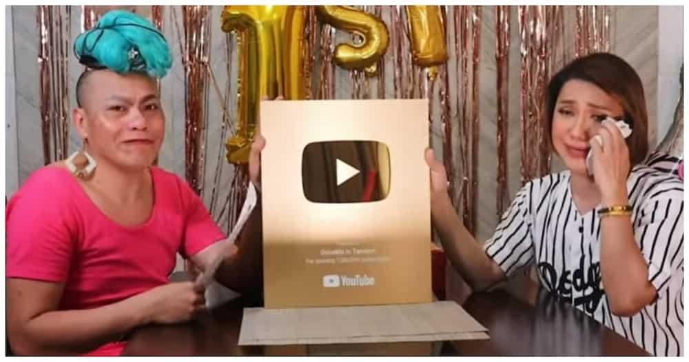 Donekla in Tandem, nagdiwang ng 1st anniversary; emosyonal na nag-unbox ng gold play button