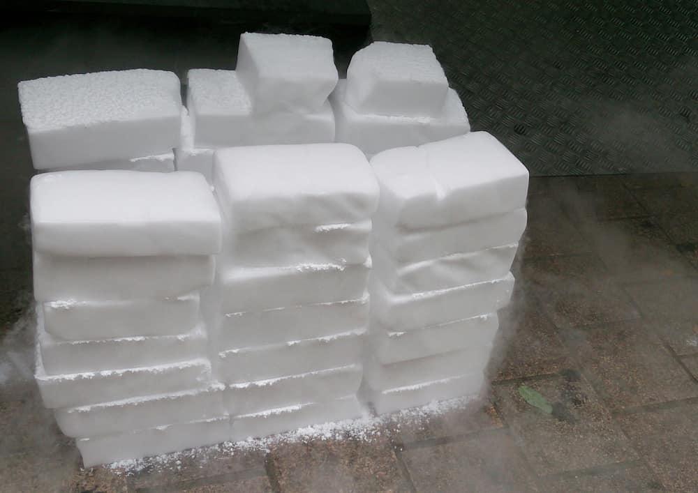 Dry ice benefits