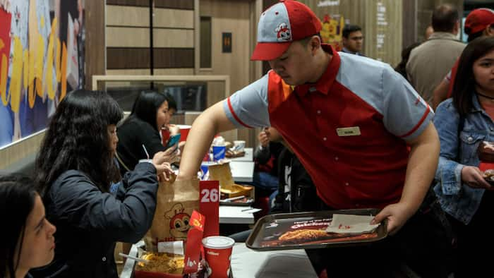 Jollibee Foods Corp. to close 255 stores as it suffers billions of net loss