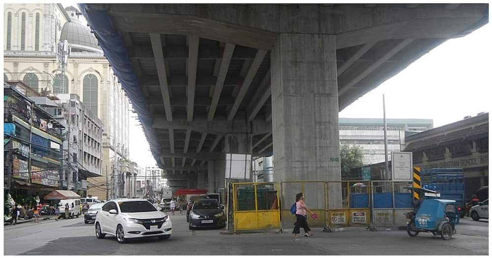 Operator ng nadiskaril na crane ng Skyway, emosyonal