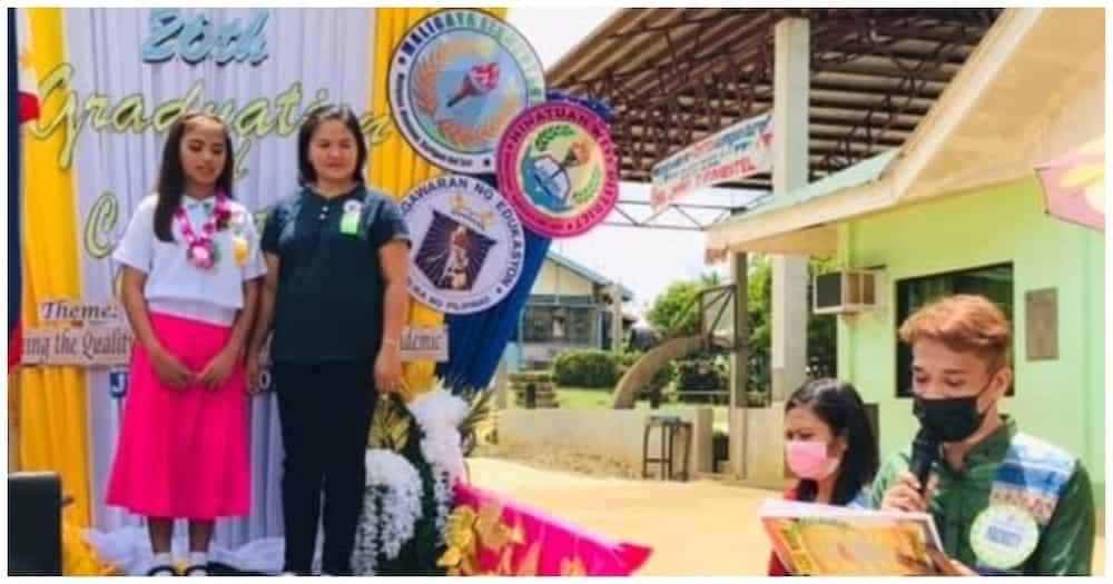 Mobile graduation sa Surigao gamit ang pickup truck, hinangaan ng marami