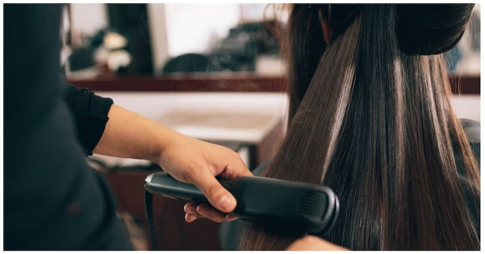 Hairdresser, kakasuhan ng kliyenteng nalagasan ng maraming buhok dahil sa pagpapa-rebond