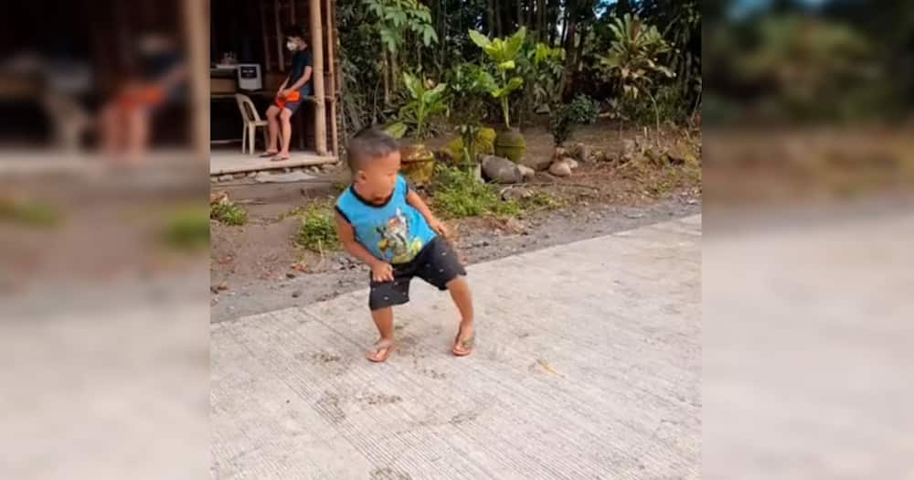 """Child's """"bulate dance"""" goes viral for his almost worm-like body"""
