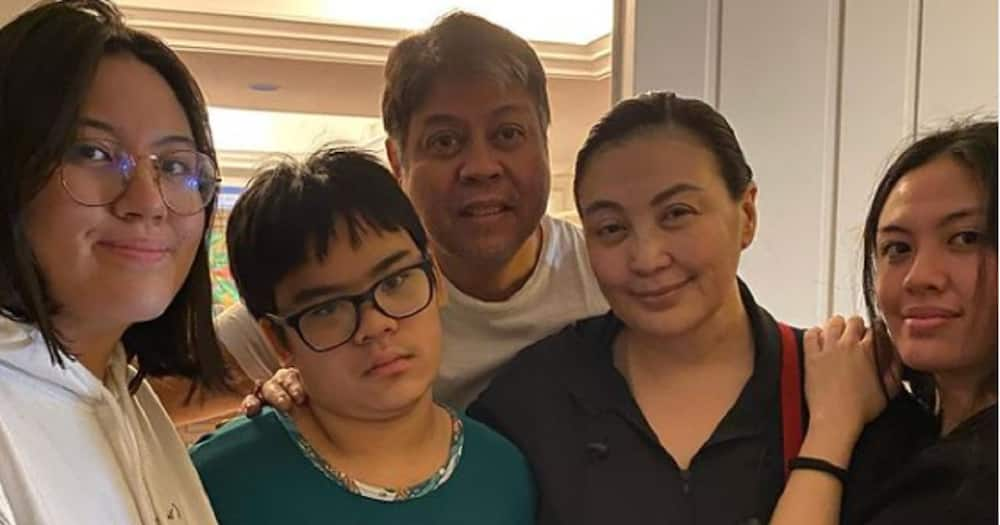 Frankie Pangilinan gets emotional over Sharon Cuneta's departure to US